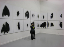 マニュエル・ヴィラリーニョの「影の変容」(ヴェネツィア・ビエンナーレ、La Biennale di Venezia)