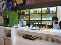 喫茶エイト店内
