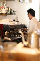 美味しいカフェを求めてイタリア中を歩いたという店主