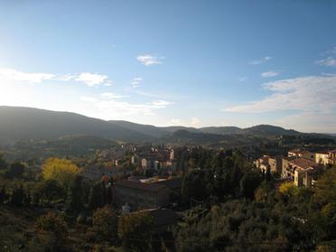 愛用Macの壁紙(サン・ジミニャーノの塔からの風景)