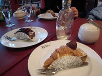 「Cafe de Paris」(カフェ・ド・パリ)