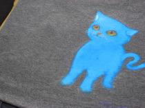 これはTomo Uさんの作品(手描きTシャツ)