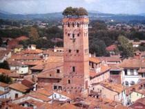 グイニージの塔