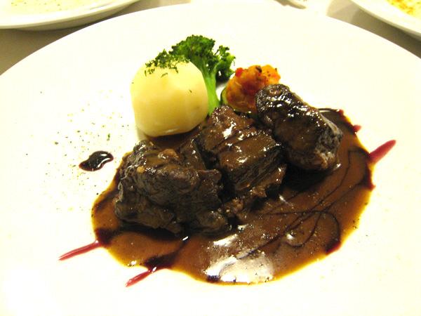 Brasserie&Cafe Est・Est(エスト・エスト)